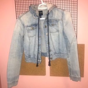 Highway Jeans Cropped Light Wash Denim Jacket